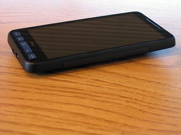HTC HD2 — правая сторона